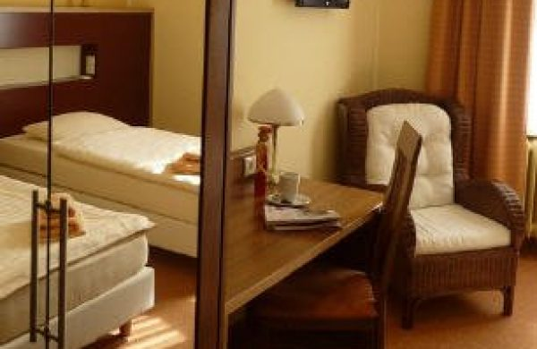 0 Hotel