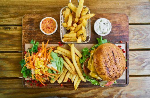 Burger 4369973 1920